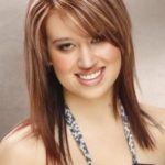 Hairstyles-For-Round-Face-Women-Long-Heavy-Highlights